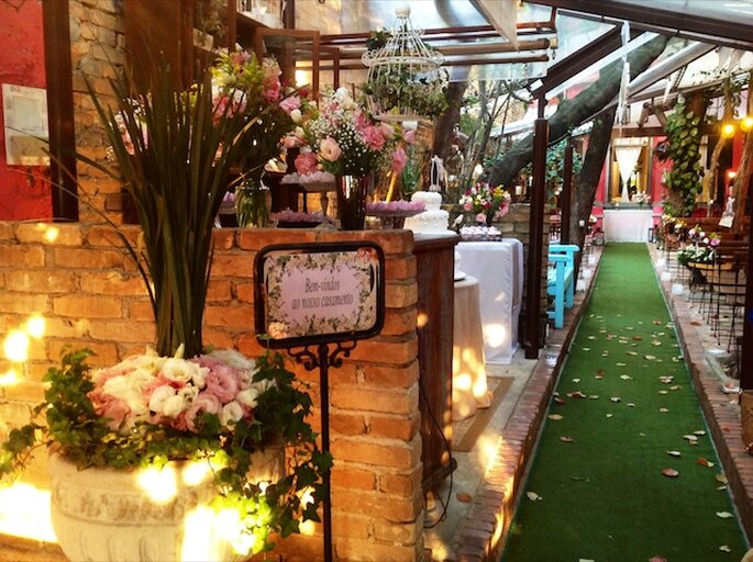 O ambiente aconchegante perfeito para seu mini-wedding Foto: Restaurante Quintal