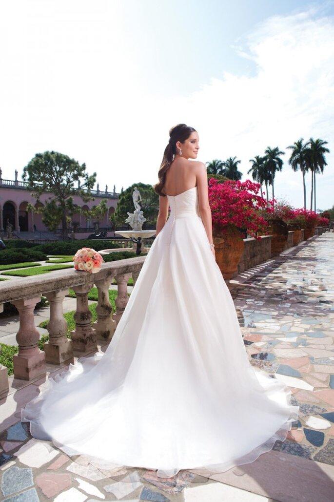 Edles, elegantes Brautkleid in der Kollektion 2015 von Sweetheart