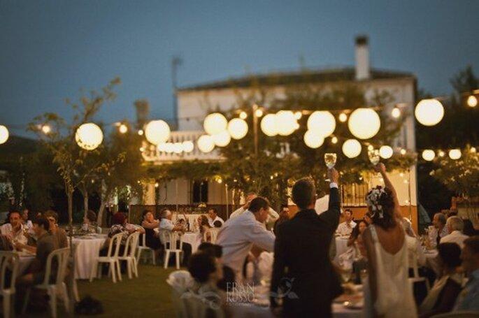 Brindis en la boda Foto: Fran Russo