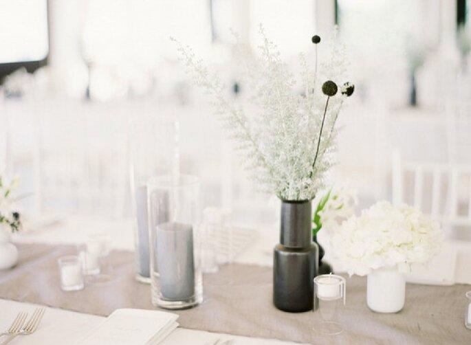 Decoración minimalista en tendencia para boda - Foto Jen Huang Photography