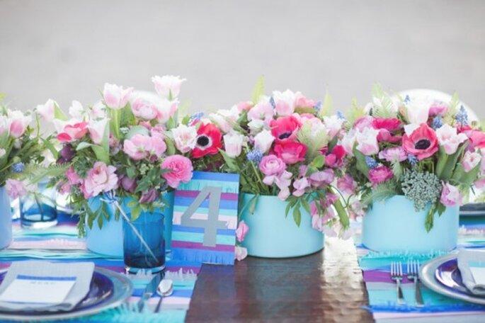 El toque perfecto de azul con la mejor combinación de flores - Foto Laura Ann Miller Photography