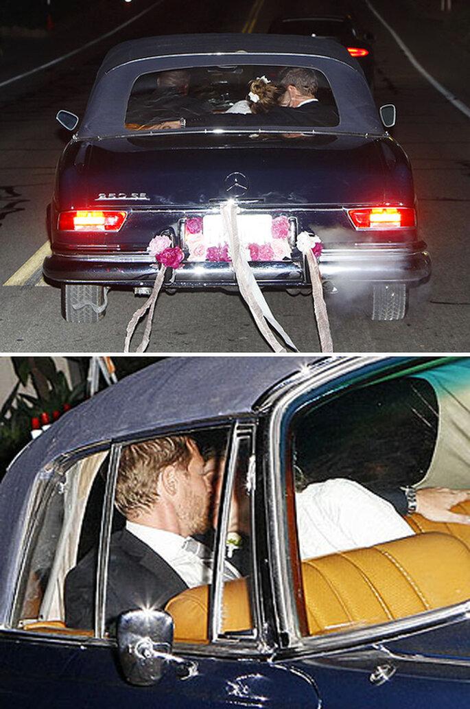 Drew Barrymore y Will Kopelman al finalizar la boda - Foto People Magazine
