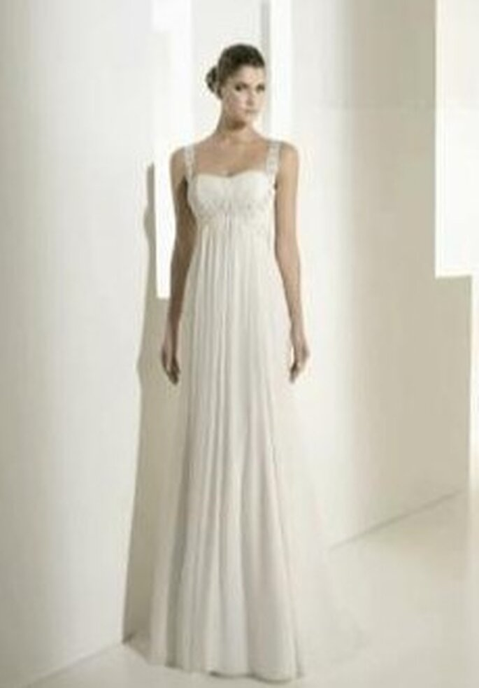 Colección de vestidos de novia en muselina y organza White One 2011