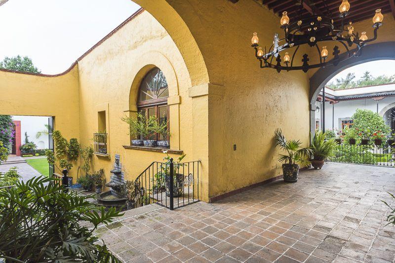 Entre patios Hacienda el Pedregal - Estado de México