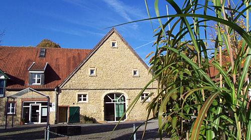Beispiel: Seiteneingang Abtei, Foto: Abtei Brauweiler.