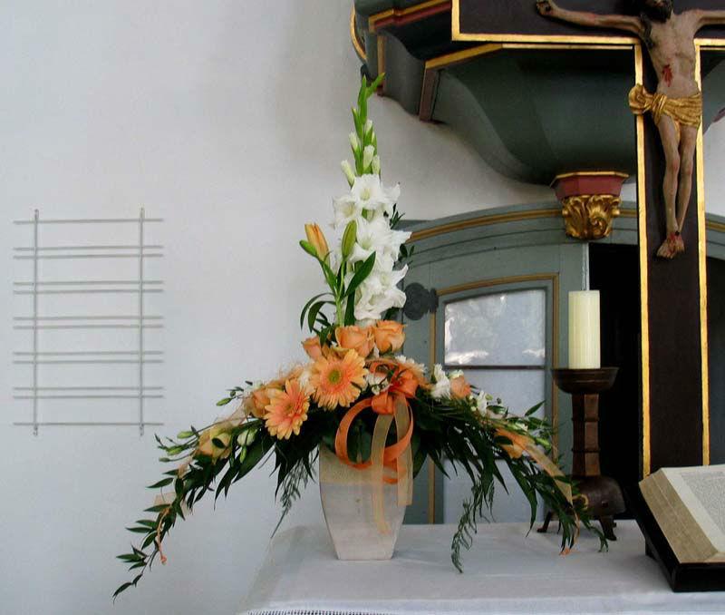Beispiel: Kirchenschmuck, Foto: Blumen- und Gartenbau Schulz.