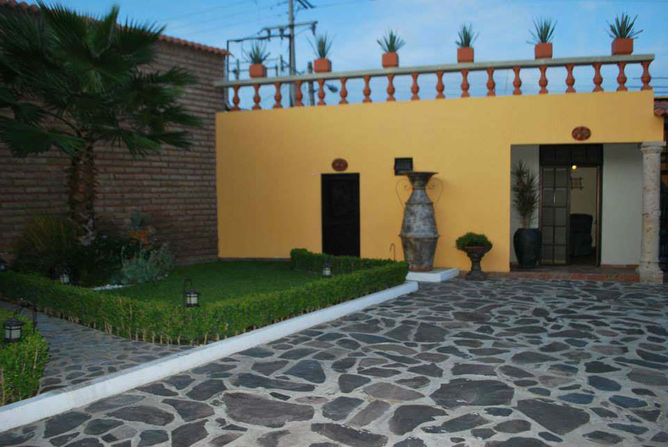 Antigua Montero