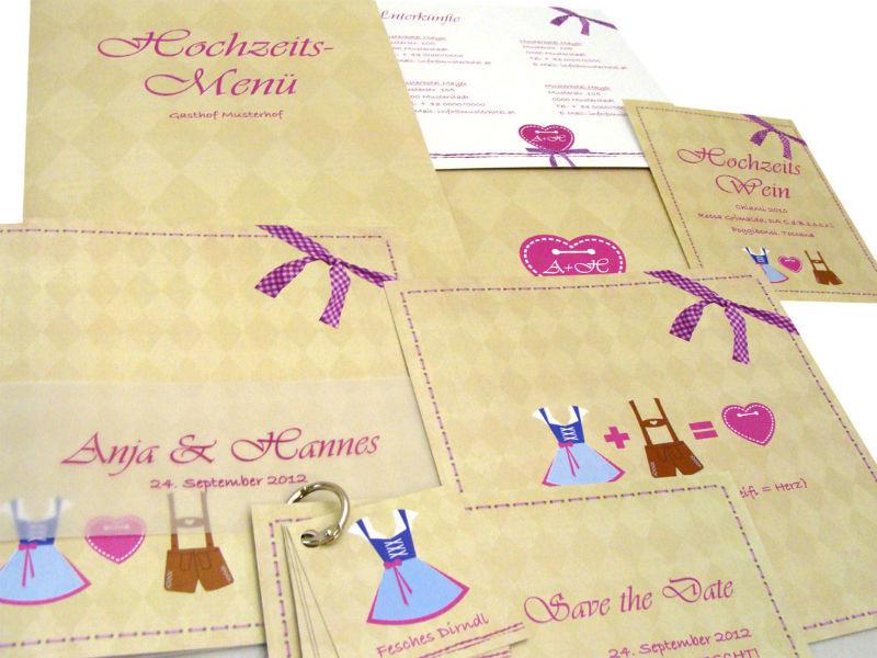 Sie heiraten in Tracht? Viele passende Motive für Trachtenhochzeiten finden Sie bei www.hochzeitseinladungen.de