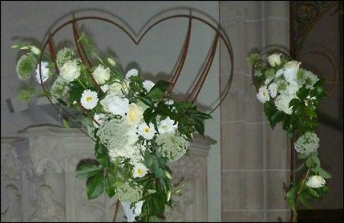 Beispiel: Kirchenschmuck, Foto: Les Fleurs Vagabondes.