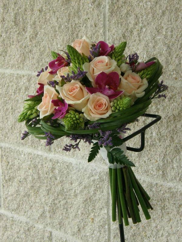 Flores Dans