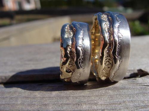 Beispiel: Eheringe selbst gefertigt, Foto: Der Goldschmied.