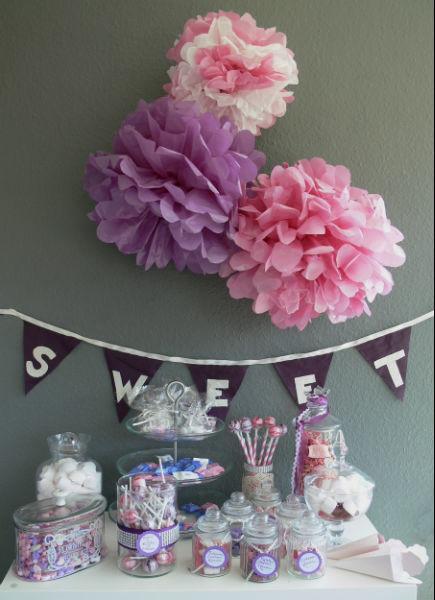 Beispiel: An Sweet Table bzw. Candy Bar ist inzwischen auf keiner gut geplanten Hochzeit mehr dran vorbeizukommen. Foto: Divine Weddings