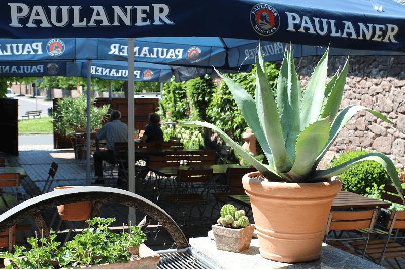 Beispiel: Biergarten, Foto: Mélange - Restaurant und Café.