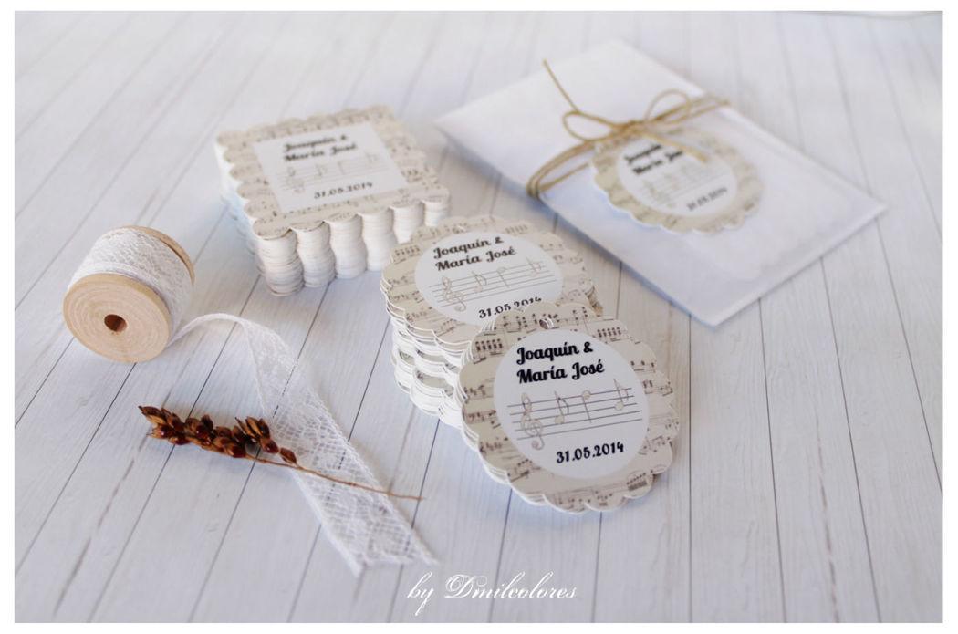 Dmilcolores. Etiquetas personalizadas para tu boda.