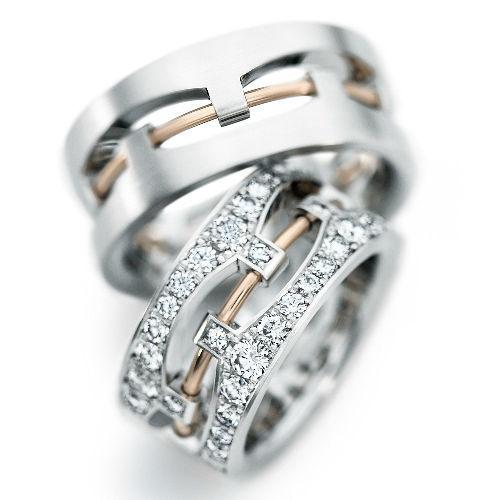 Beispiel: Trauringe - Platin undGold, Foto: Designer Diamonds München.