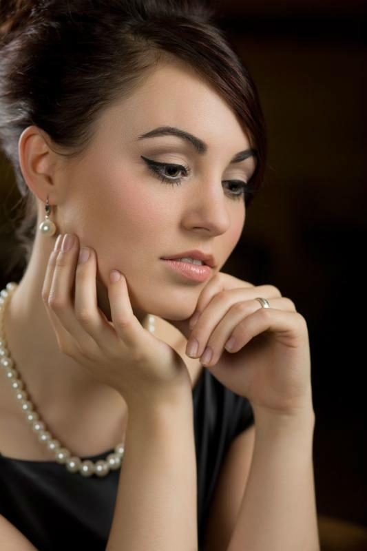 Beispiel: Make-up Styling, Foto: Indira Narkus.