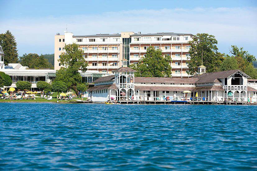 Beispiel: Ansicht vom See, Foto: Hotel Werzer's.