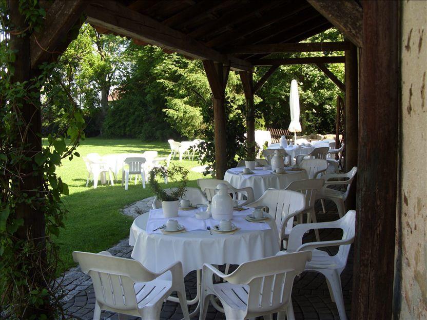 Beispiel: Terrasse, Foto: Schloss Geyersberg.