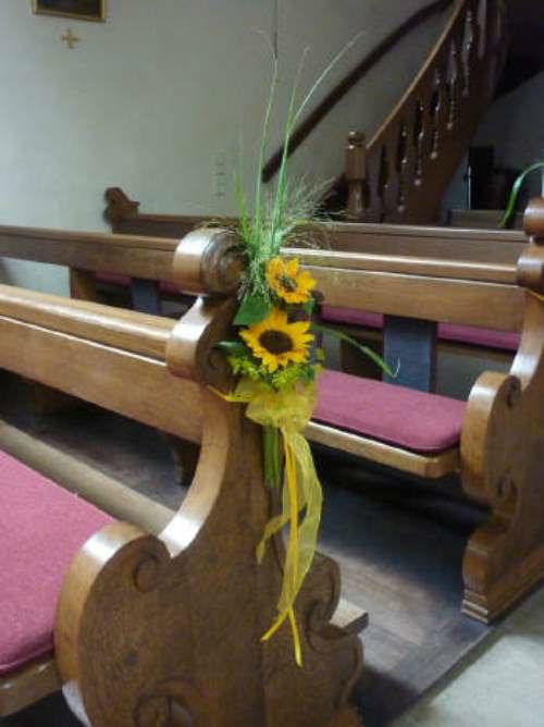 Beispiel: Bankschmuck in der Kirche, Foto: HILS-KOOP Gartenbaumschule & Floristik.
