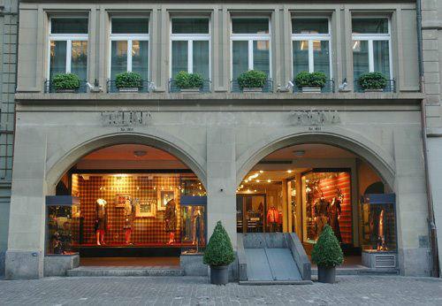 Beispiel: Modehaus, Foto: Ciolina.