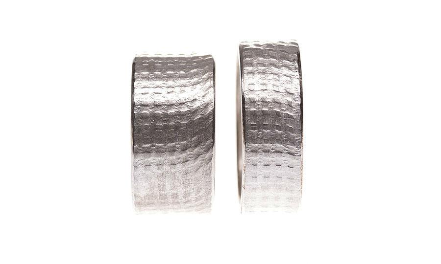 Beispiel: Ringe in Silber mit Effekt, Foto: Eve & Me.