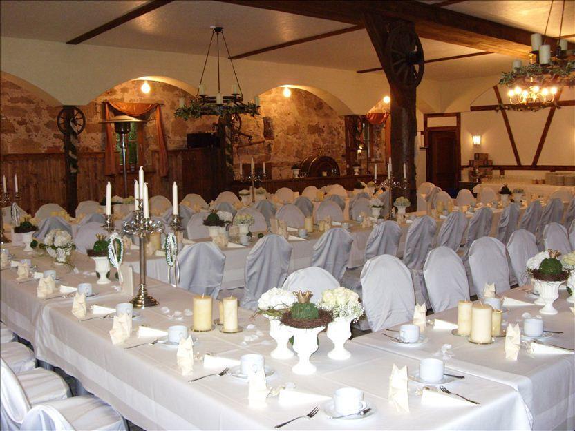 Beispiel: Tischdekoration, Foto: Schloss Geyersberg.