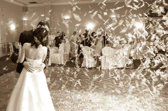 Beispiel: Romantischer Hochzeitstanz, Foto: Internet.