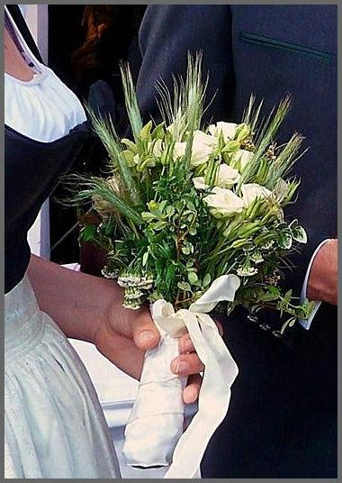 Ein besonderer Brautstrauß. Foto: Zeitlose Zeremonie
