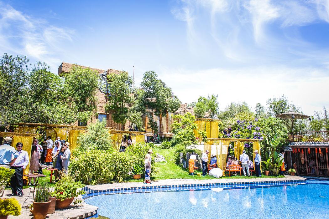 Aperitivo junto a la piscina en La Arbequina Foto: Inspira Fotografía Documental