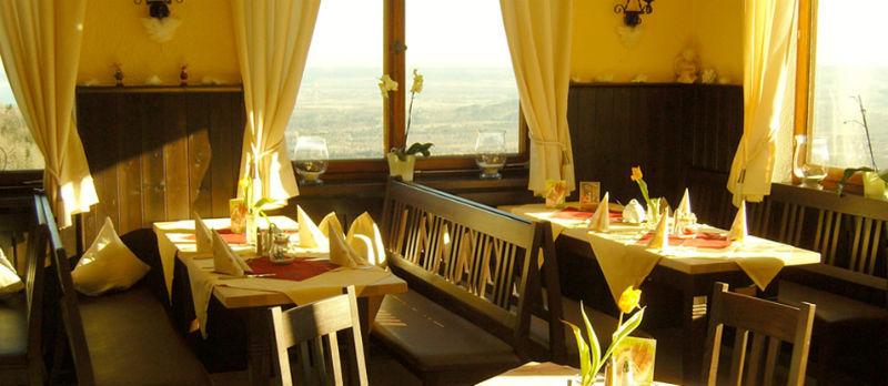 Beispiel: Gaststube, Foto: Flair Hotel Berggasthof Adersberg.