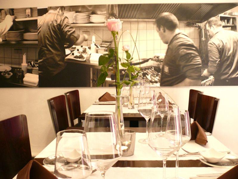 Beispiel: Restaurant Villa, Foto: Restaurant Villa.