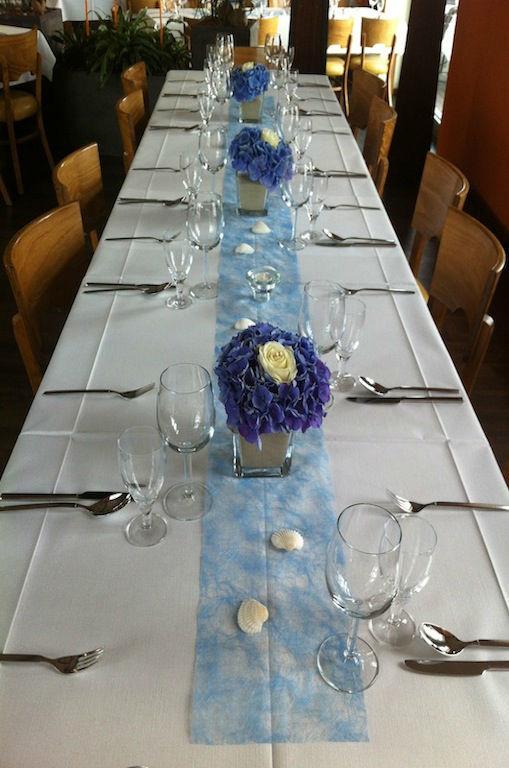 Beispiel: Tischdekoration, Foto: Elements - Floristik.