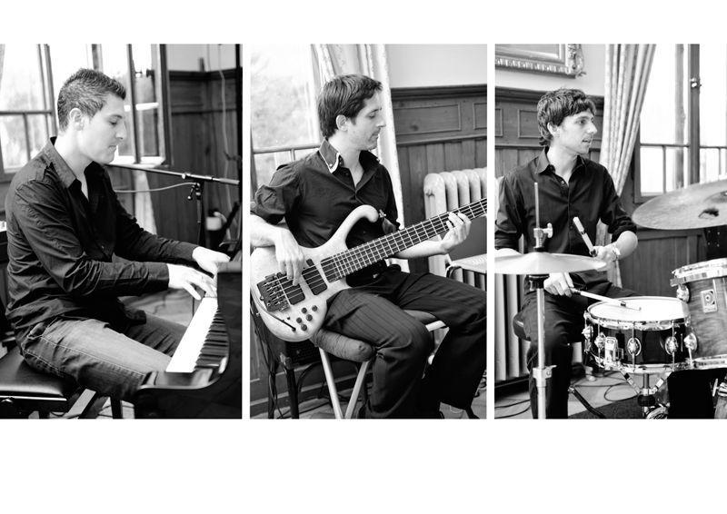 Beispiel: Fantastisches Trio, Foto: Alessandro Sabato Trio.