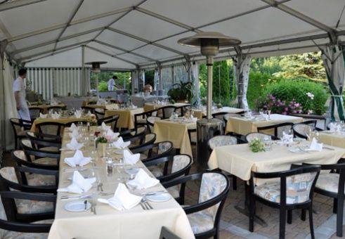 Beispiel: Festzelt, Foto: Romantik Hotel Waxenstein.
