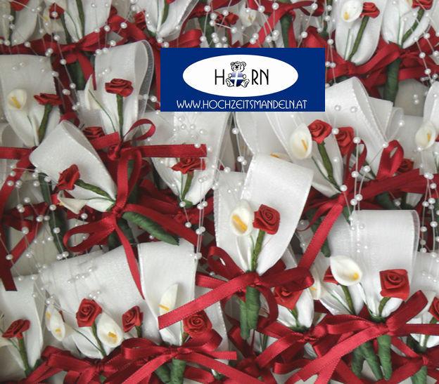 Beispiel: Romantische Anstecker, Foto: Horn Hochzeitsmandeln.
