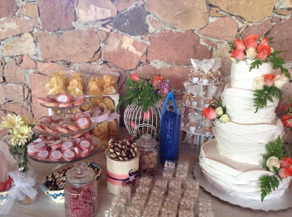 Mesa de dulces para boda Banquetes Santa Cecilia, Qro.