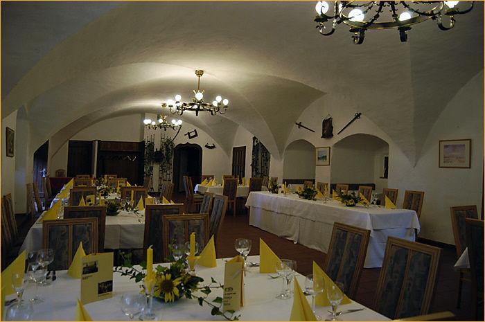 Beispiel: Hochzeitstafel, Foto: Schloss Wiesenthau.