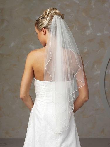 Beispiel: Braut mit Schleier, Foto: Marry Me.