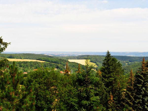 Beispiel: Ausblick aus dem Hotel, Foto: Berghotel Augustusberg.