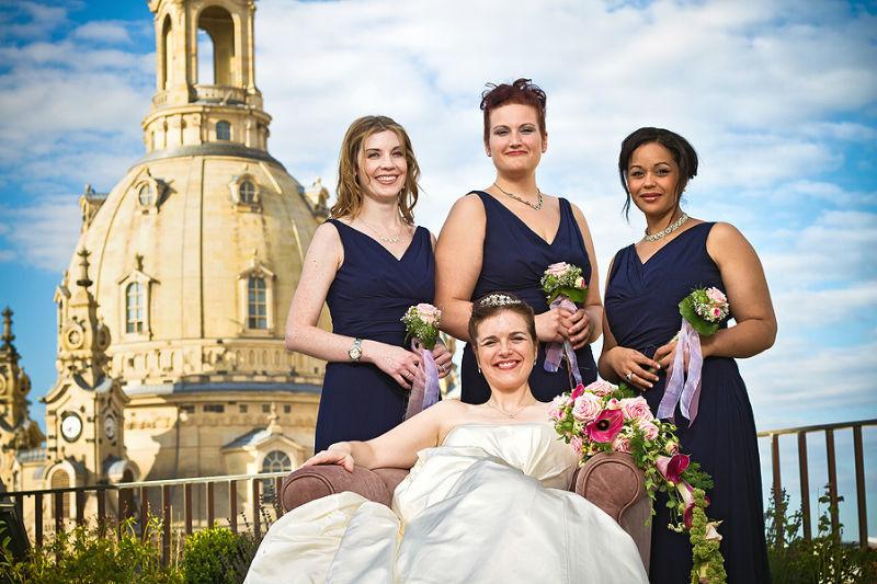Beispiel: Hochzeitsgesellschaft, Foto: Torsten Hufsky.