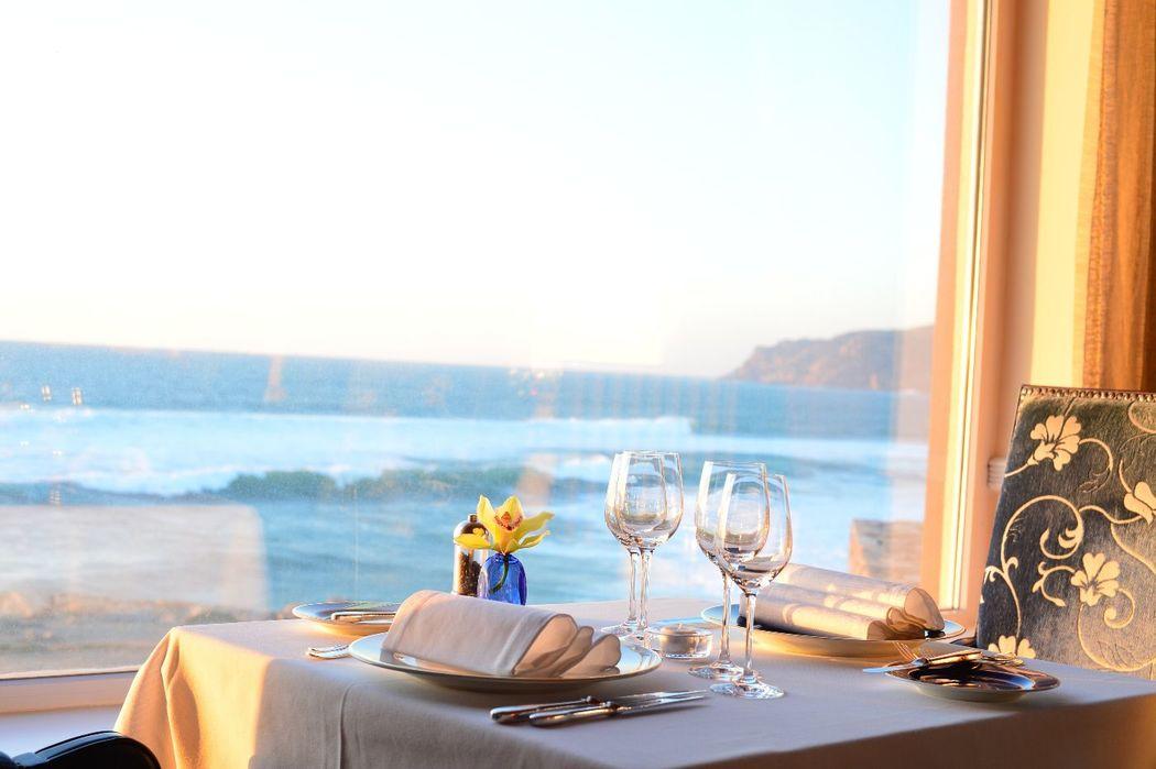 Vista de uma das mesas do restaurante