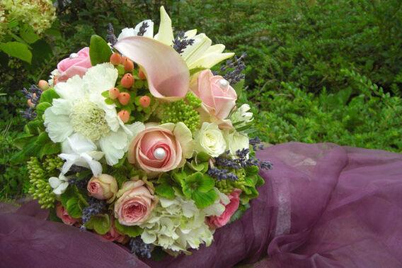Beispiel: Hochzeitsfloristik, Foto: Blumenkiste.