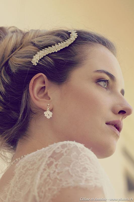 Photo : Pixcèl's Créations Modèle : Gwen Genevay Maquillage : Aurore D. Make Up Robe de mariée : Kaa Couture