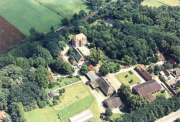 Beispiel: Luftaufnahme, Foto: Schloss Agathenburg.