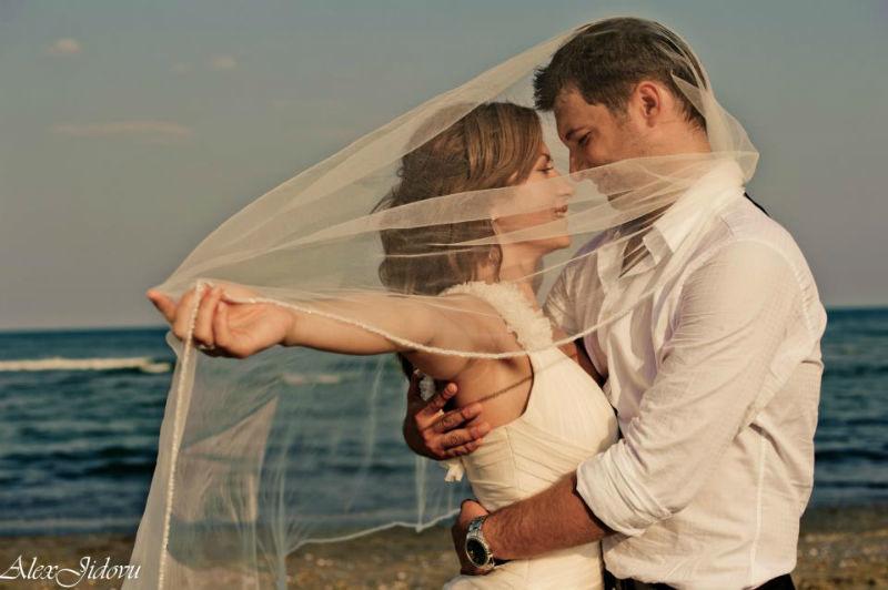 Beispiel: Ihre Hochzeitsreportage vom Profi, Foto: Alex Jidovu.