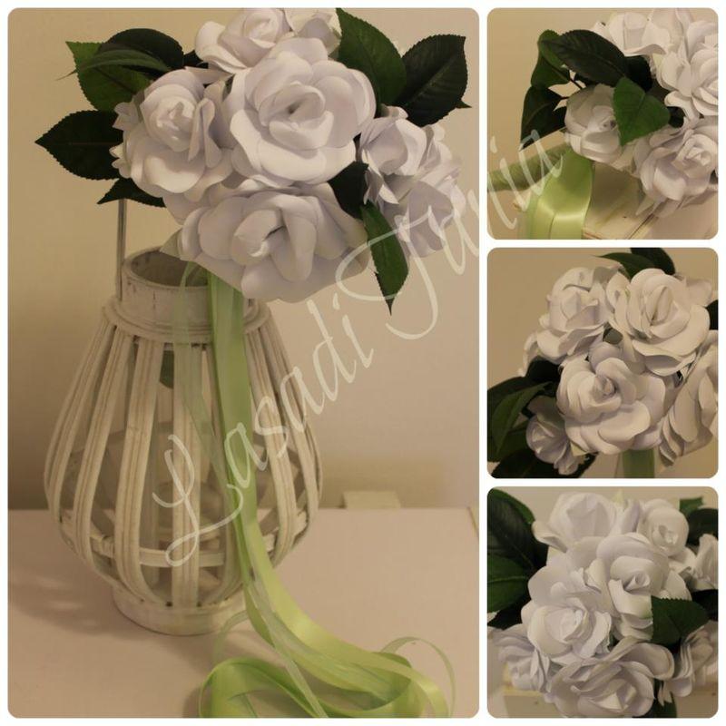 LaCasadiTania: Bouquet con rose in carta