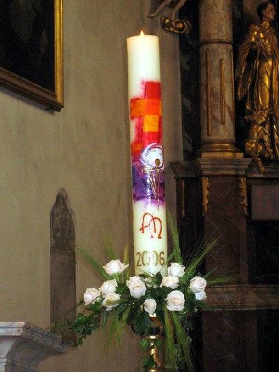 Beispiel: Kirchendekoration, Foto: Blumen Kleissner.