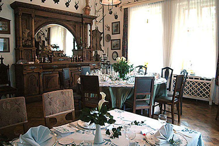 Beispiel: Festtafel, Foto: Plabutscher Schlössel.