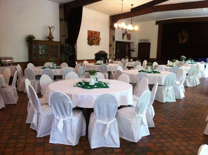 Beispiel: Hochzeitsgedeck, Foto: Gasthof Loers.
