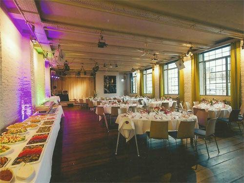 Beispiel: Hochzeitsfeier im KunstSalon, Foto: KunstSalon Location.